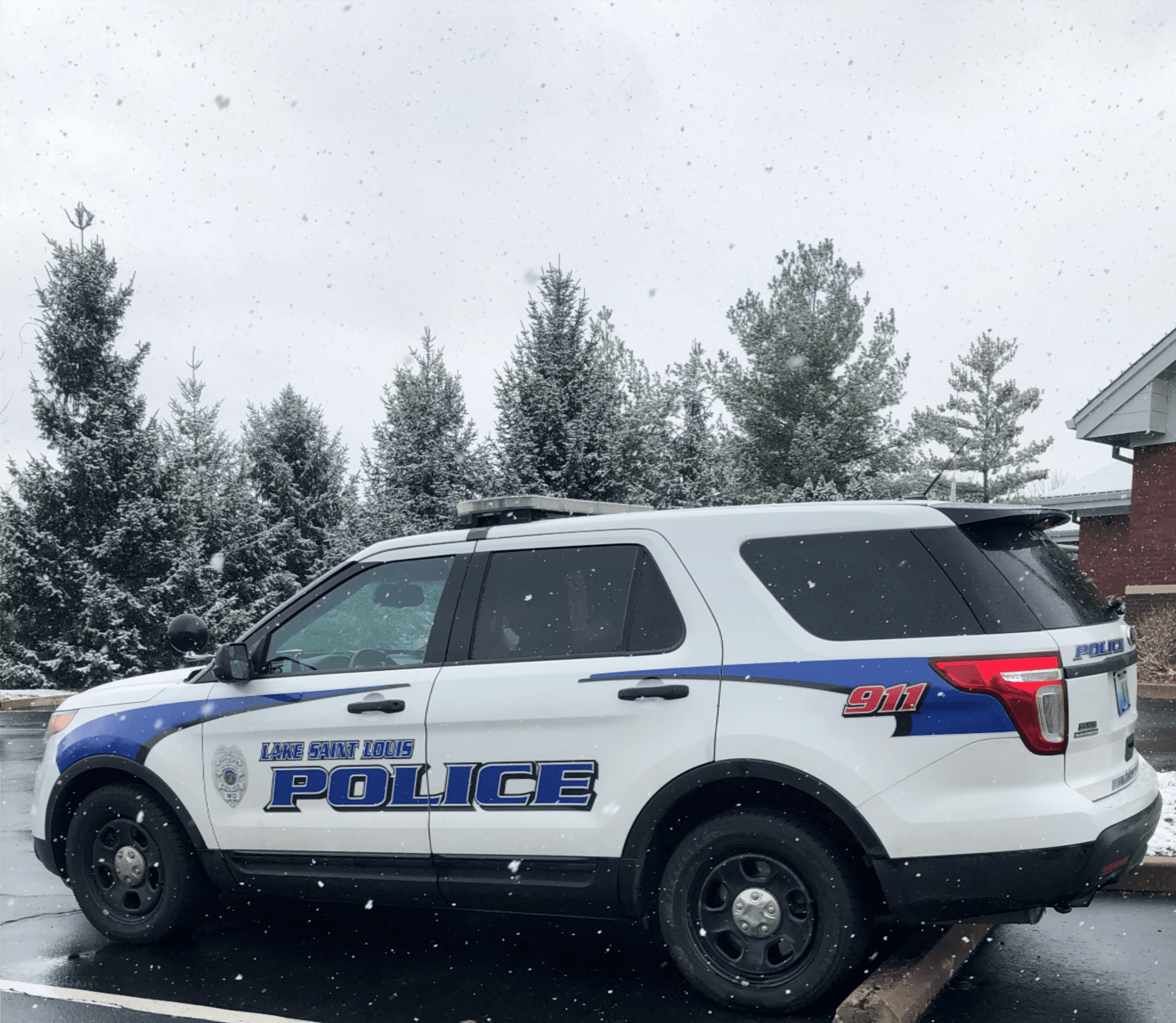 Police Car Winter